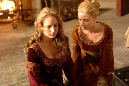 Michelle Harrison Leelee Sobieski as Muriella and  as Hysterical Woman in Freestyle Releasing action adventure 'In the Name of the King: A Dungeon Siege Tale.'