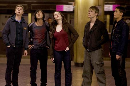Rafi Gavron Nick (Michael Cera), Thom (Aaron Yoo), Norah (Kat Dennings), Lethario (Jonathan B. Wright) and Dev ()  star in Columbia Pictures and Mandate Pictures' comedy Nick & Norah's Infinite Playlist. Photo credit: K.C. Bailey. © 2008 Playlist L