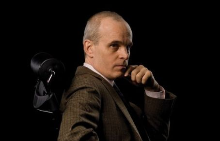 Zeljko Ivanek  star as Ray Fiske in Damages