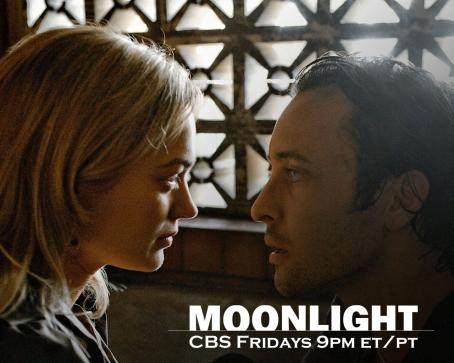 Sophia Myles - Moonlight Wallpaper