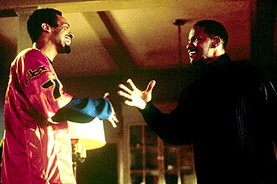 Jamie Foxx Mike Epps as Stevie and  as Alvin Sanders in Warner Bros/Castle Rock's Bait - 2000