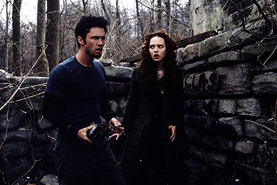 Jeffrey Donovan  and Erica Leerhsen in Artisan's Book of Shadows: Blair Witch 2 - 2000