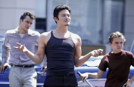 Frankie Muniz Balthazar Getty, Norman Reedus and  in United Artists' Deuces Wild - 2002