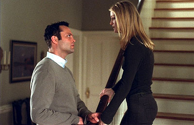 Teri Polo Vince Vaughn and  in Paramount's Domestic Disturbance - 2001