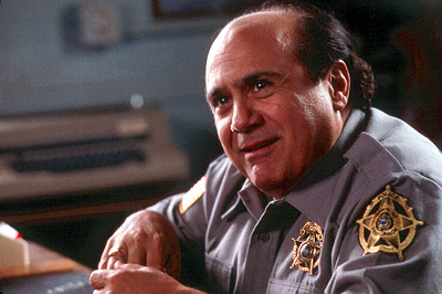 Drowning Mona Danny DeVito as Chief Rash in Destination Films'  - 2000