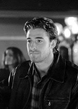 Duets Scott Speedman as Billy Hannon in Hollywood Pictures' comedy/drama  - 2000
