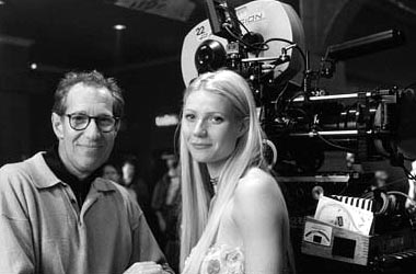 Bruce Paltrow Director/producer  and Gwyneth Paltrow on the set of Hollywood Pictures' Duets - 2000
