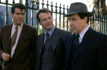 Aidan Quinn Pierce Brosnan,  and Stephen Rea in MGM's Evelyn - 2002