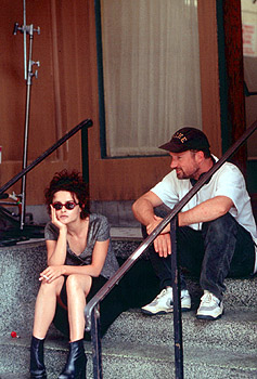 David Fincher Helena Bonham Carter and director  on the set of Fight Club - 10/99