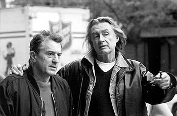 Joel Schumacher Robert De Niro and director  on the set of MGM's Flawless - 12/99