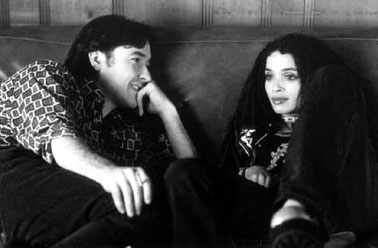 High Fidelity John Cusack as Rob Gordon and Lisa Bonet as Marie De Salle in Touchstone's  - 2000