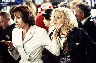 Mary McCormack Minnie Driver and  on the set of Touchstone's High Heels and Low Lifes - 2001