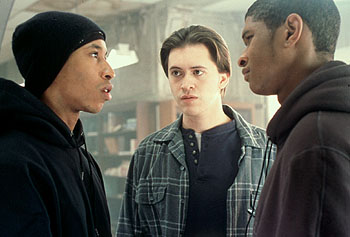 Fredro Starr , Clifton Collins Jr. and Usher Raymond in Light It Up - 11/99