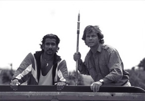 Naveen Andrews  and Bill Paxton in Disney's Mighty Joe Young - 1998