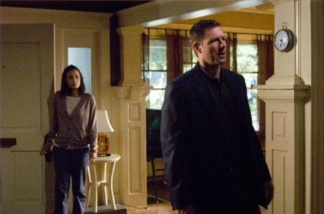 One Missed Call Shannyn Sossamon as Beth Raymond and Edward Burns as Jack Andrews in Warner Bros. Pictures' .