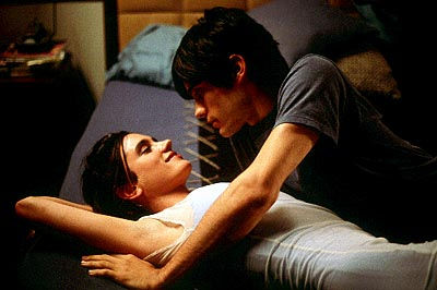 Requiem for a Dream Jennifer Connelly and Jared Leto in Artisan's Requiem For A Dream - 2000