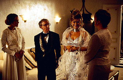 Tracey Ullman Ray (Woody Allen) and Frenchy () Winkler entertain their guests at their first society dinner party since striking it rich in Dreamworks' Small Time Crooks - 2000