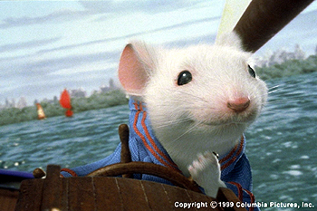 Stuart Little Stuart (voiced by Michael J. Fox) steers George's schooner, The Wasp, to victory during the boat race at the Central Park Pond in the Columbia Pictures presentation, STUART LITTLE - 12/99