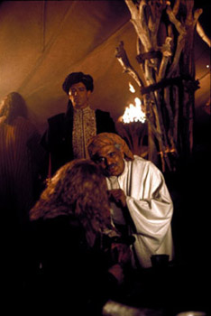 Dennis Storhøi Antonio Banderas, Omar Sharif and Dennis Storhoi in The 13th Warrior