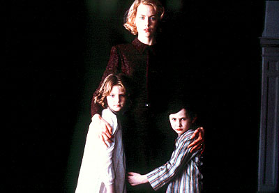 Alakina Mann Nicole Kidman with  and James Bentley in Miramax's The Others - 2001