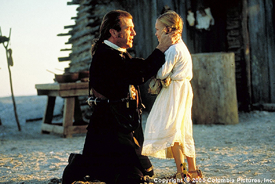 Skye McCole Bartusiak Benjamin Martin (Mel Gibson) bids a tearful farewell to his youngest child, Susan (), before setting off to join the Continental Army in the Columbia Pictures presentation, The Patriot - 2000