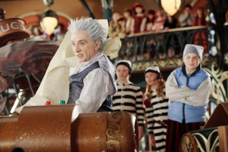 Martin Short  and Spencer Breslin in Disney's THE SANTA CLAUSE 3 The Escape Clause