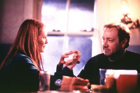 The Shipping News Julliane Moore and Kevin Spacey in Miramax's  - 2001