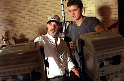 Rob Cohen Director  and Joshua Jackson on the set of Universal's The Skulls - 2000