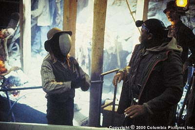 Anthony Anderson Real thrills and chills break out on the set of a student horror film when a masked maniac corners special effects coordinator Stan (, right) in Columbia's Urban Legends: Final Cut - 2000