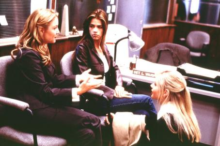 Valentine Jessica Capshaw, Denise Richards and Marley Shelton in Warner Brothers'  - 2001