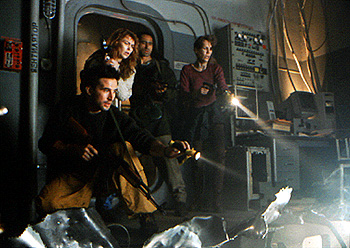 Cliff Curtis William Baldwin, William Baldwin, Joanna Pacula,  and Jamie Lee Curtis in Universal's Virus - 1999