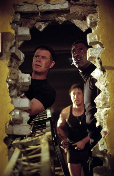 Isaiah Washington William H. Macy Sam Rockwell and  in Welcome to Collinwood - 2002
