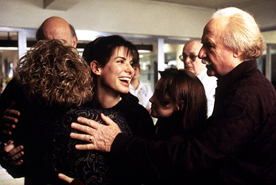 Monica Keena Micole Mercurio, Sandra Bullock,  and Jack Warden in While You Were Sleeping - 1995