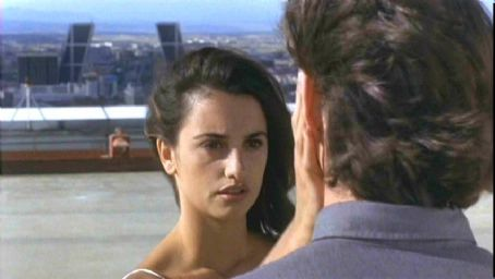 Sofia Serrano - Penelope Cruz as Sofia in Artisan Entertainment's Open Your Eyes - 1997