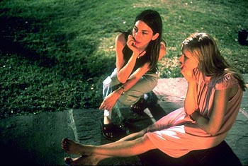 The Virgin Suicides Director Sofia Coppola and Kirsten Dunst on the set of Paramount Classics'  - 2000