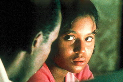 Our Song Lanisha (Kerry Washington) talking to her father (Ray Anthony Thomas) in IFC Films'  - 2001