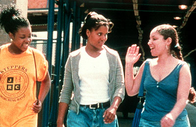 Our Song Anna Simpson, Kerry Washington and Melissa Martinez in IFC Films'  - 2001