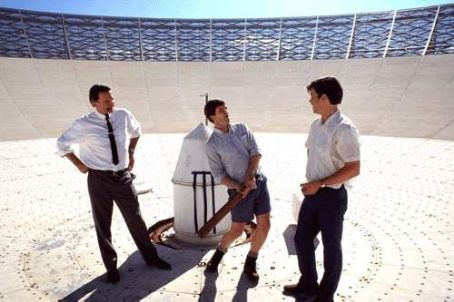 The Dish Sam Neill, Tom Long and Kevin Harrington in Warner Brothers'  - 2001