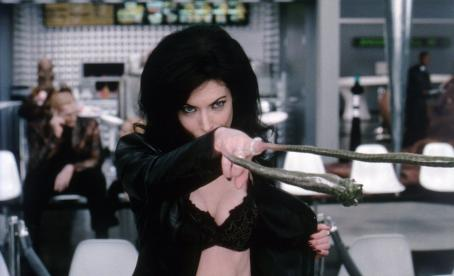 Serleena Lara Flynn Boyle in Columbia's Men in Black II - 2002