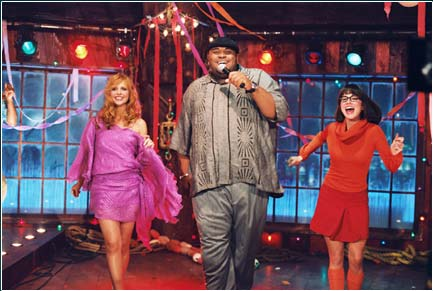 Ruben Studdard Sarah Michelle Gellar,  and Linda Cardellini in Scooby-Doo 2: Monsters Unleashed - 2004