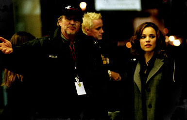 Brian Cox  as Joe Reisert and Rachel McAdams as Lisa Reisert in Wes Craven's RED-EYE, DreamWorks Distribution release. © 2005