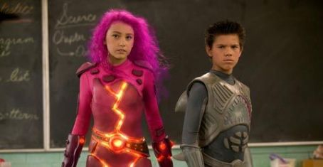 Sharkboy Taylor Dooley as Lava Girl and Taylor Lautner as Shark Boy in Robert Rodriguez's THE ADVENTURES OF SHARK BOY & LAVA GIRL IN 3-D, Dimension Films release. © 2005