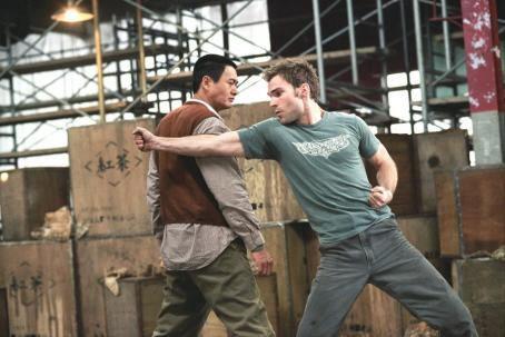 Seann William Scott The Monk (Chow Yun Fat) helps Kar () hone his fighting skills