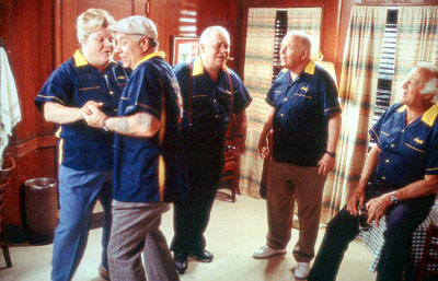 Robert Loggia Sophie (Marianne Muellerleile), Wally (William Bronder), Emmet (Eddie Jones), Marty (Carroll O'Connor) and Angelo () in MGM's Return To Me - 2000