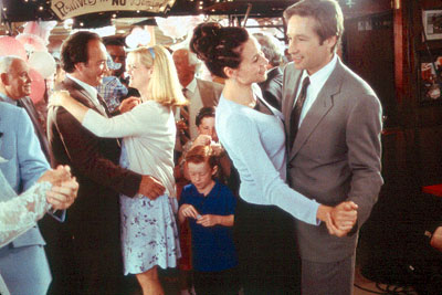 James Belushi Marty O'Reilly (Carroll O'Connor), Joe Dayton (), Megan Dayton (Bonnie Hunt), Grace Briggs (Minnie Driver) and Bob Rueland (David Duchovny) in MGM's Return To Me - 2000