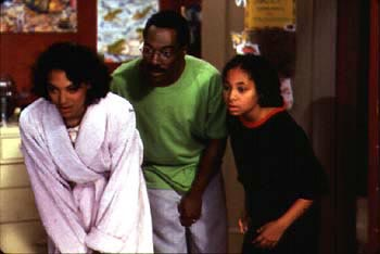 Kristen Wilson , Eddie Murphy and Raven Symone in 20th Century Fox's Dr Dolittle - 1998