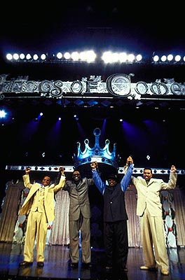 Steve Harvey D.L. Hughley, Bernie Mac, Cedric the Entertainer and  in Paramount's The Original Kings of Comedy - 2000