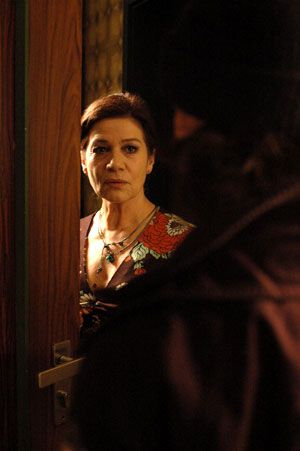 Vivere Gerlinde (Hannelore Elsner) in the scene of Regent Releasing '.'