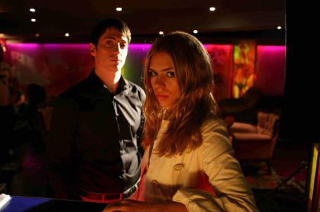 Secret Diary of a Call Girl Iddo Goldberg ('Ben,' left) and Billie Piper ('Belle,' right) star in Lionsgate Home Entertainment's : Season One.