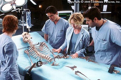 Hollow Man Only a skeleton is left, which ultimately vanishes before the eyes of colleagues (from left to right) Sarah Kennedy (Kim Dickens), Matthew Kensington (Josh Brolin), Linda McKay (Elisabeth Shue) and Carter Abbey (Greg Grunberg) in Columbia's